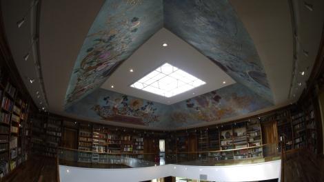 Casa Antucura Library